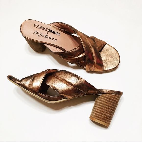 61efb115aef Amuse Society Shoes - AMUSE SOCIETY X MATISSE Shine On Sandal
